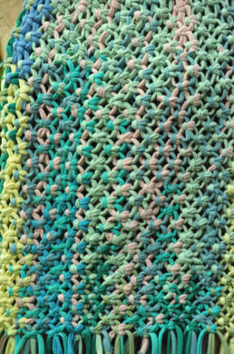 A macrame bag pattern with the transformational power of the square knot